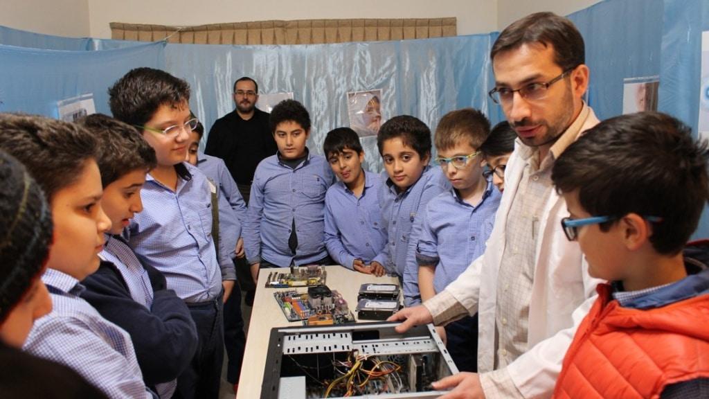 آموزش سخت افزار به کودکان