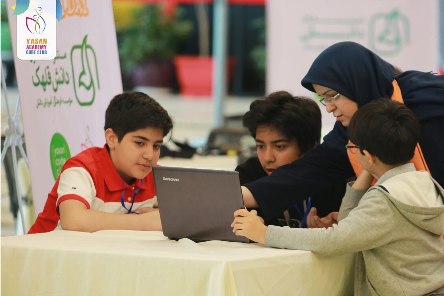 تأثیر آموزش برنامه نویسی به کودکان در پرورش خلاقیت